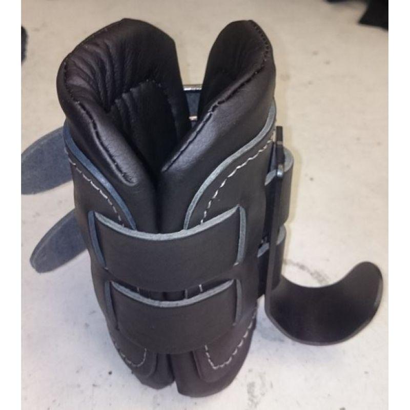 Фотография Гравитационные ботинки с кожаными накладками 1