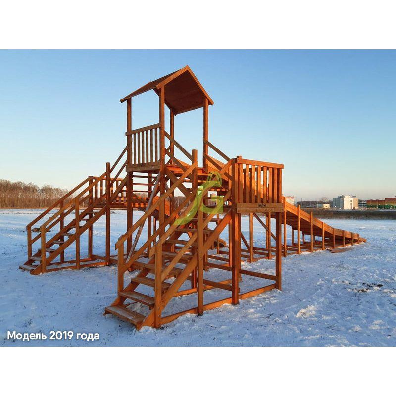 Фотография Зимняя деревянная горка Snow Fox 12 м с двумя скатами (две лестницы) 1