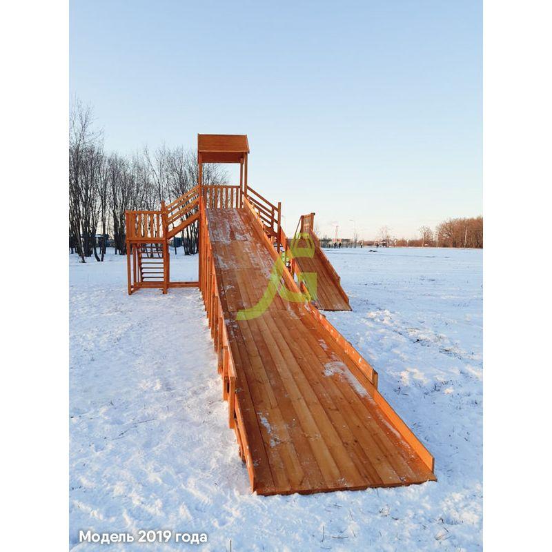 Фотография Зимняя деревянная горка Snow Fox 12 м с двумя скатами (две лестницы) 2