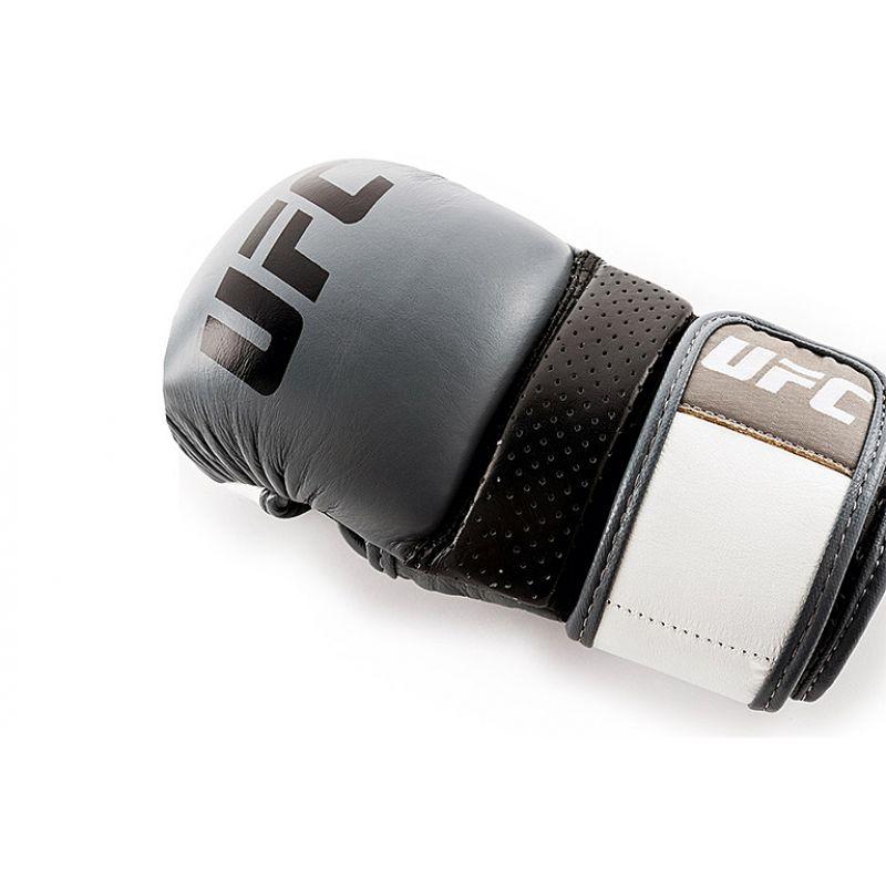 Фотография UFC PRO Перчатки для спарринга 9