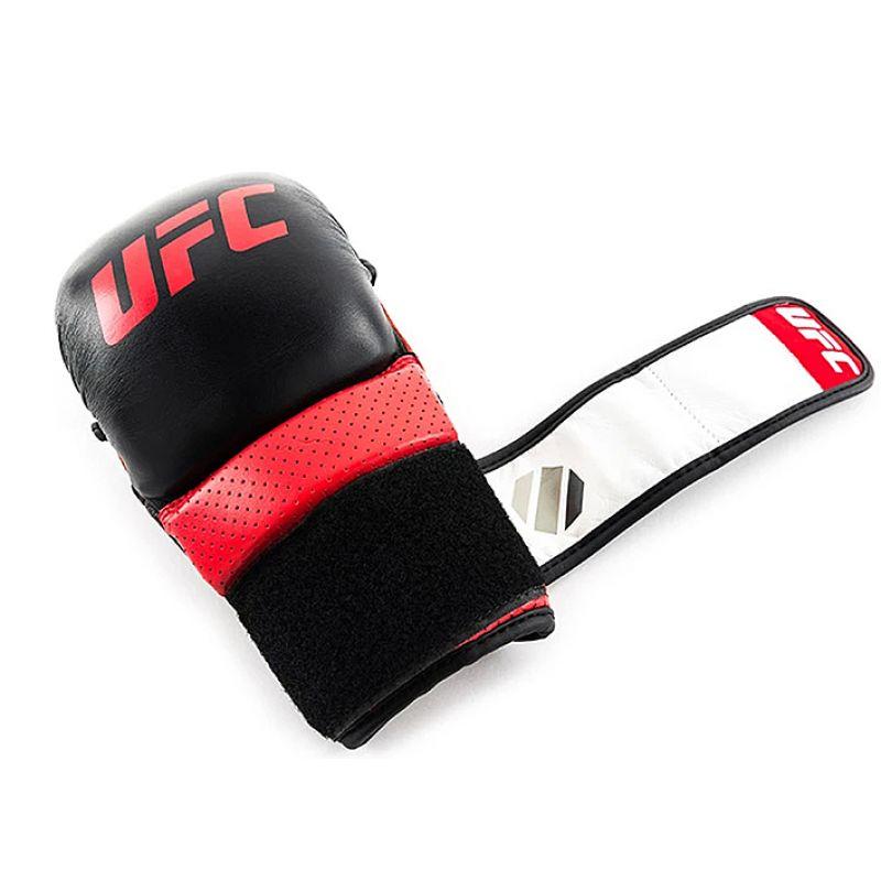 Фотография UFC PRO Перчатки для спарринга 11