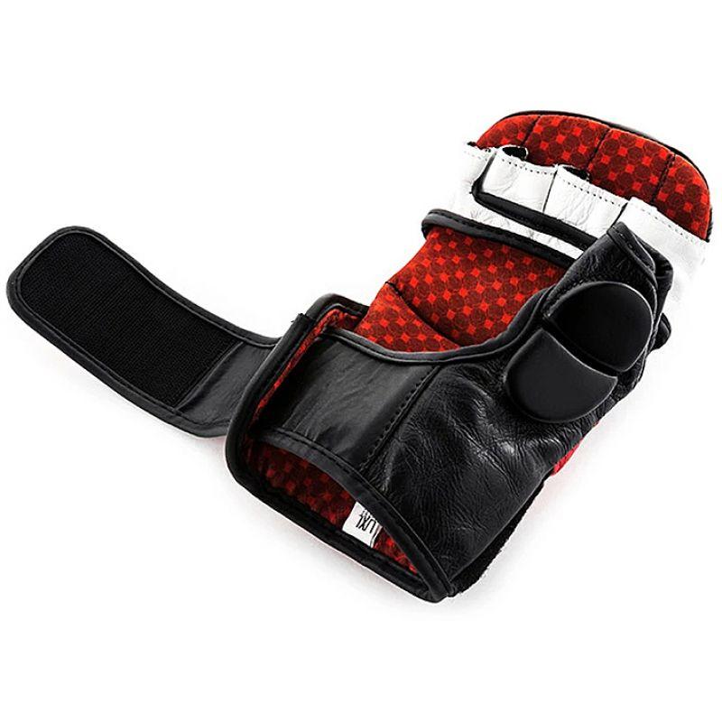 Фотография UFC PRO Перчатки для спарринга 1