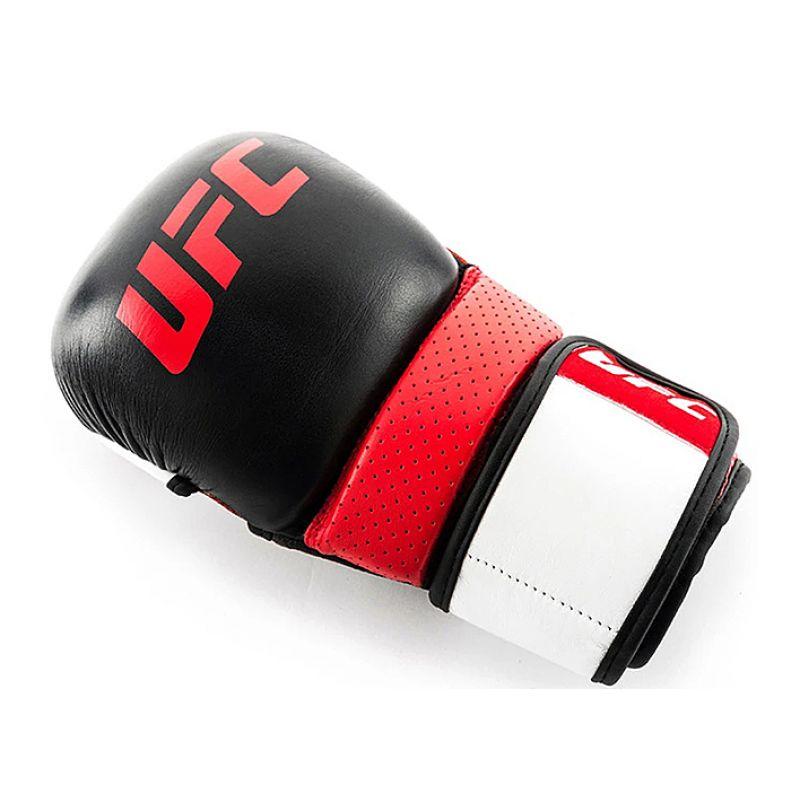 Фотография UFC PRO Перчатки для спарринга 8