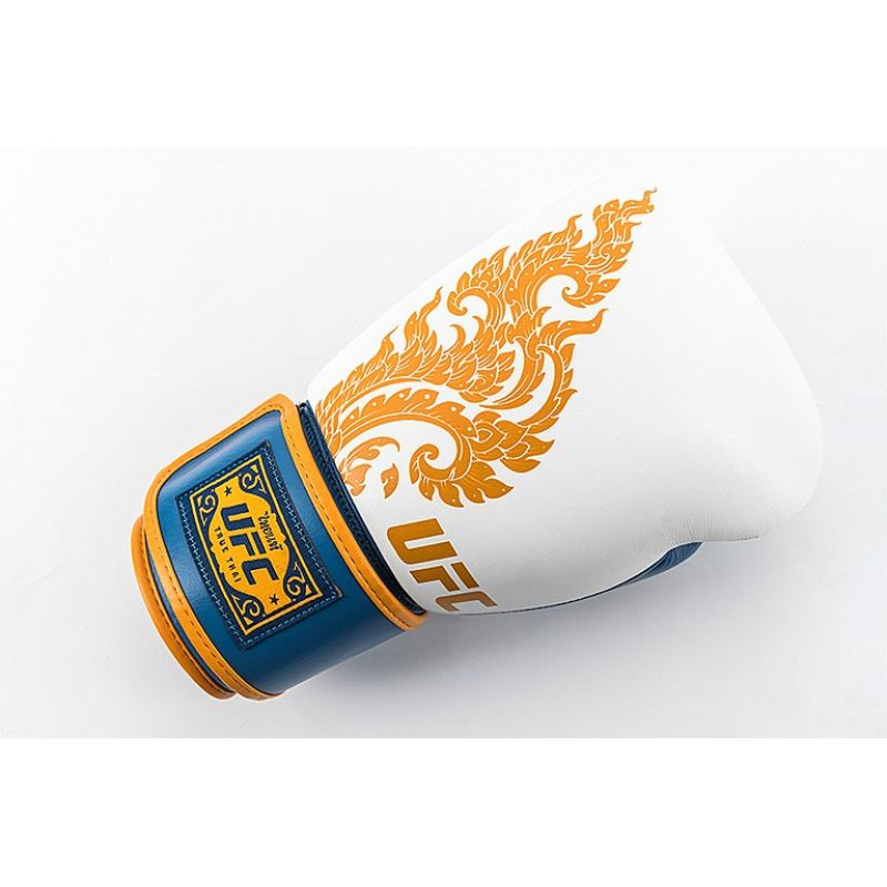 Фотография UFC Premium True Thai Перчатки для бокса 18