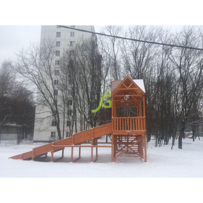 Фотография Зимняя деревянная горка Snow Fox Макси, скат 10 м 3