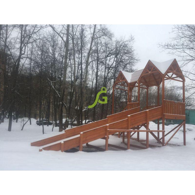 Фотография Зимняя деревянная горка Snow Fox Макси, скат 10 м 1
