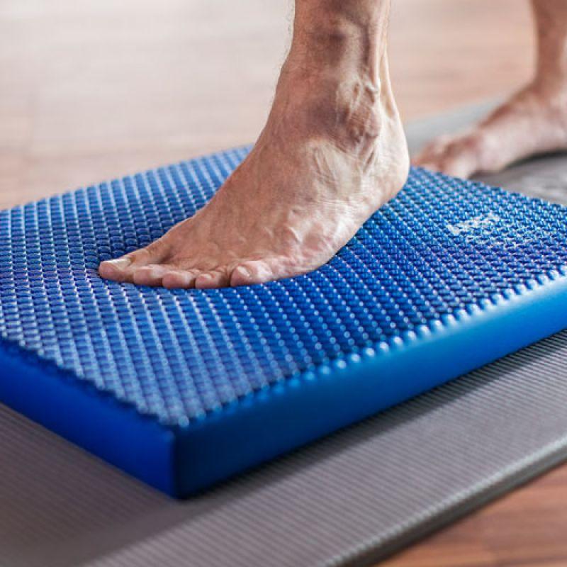 Фотография Балансировочная подушка Airex Balance-Pad Solid 2